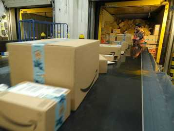Amazon Warehouse Destroys More Than 100,000 Items a Week According to Latest Report