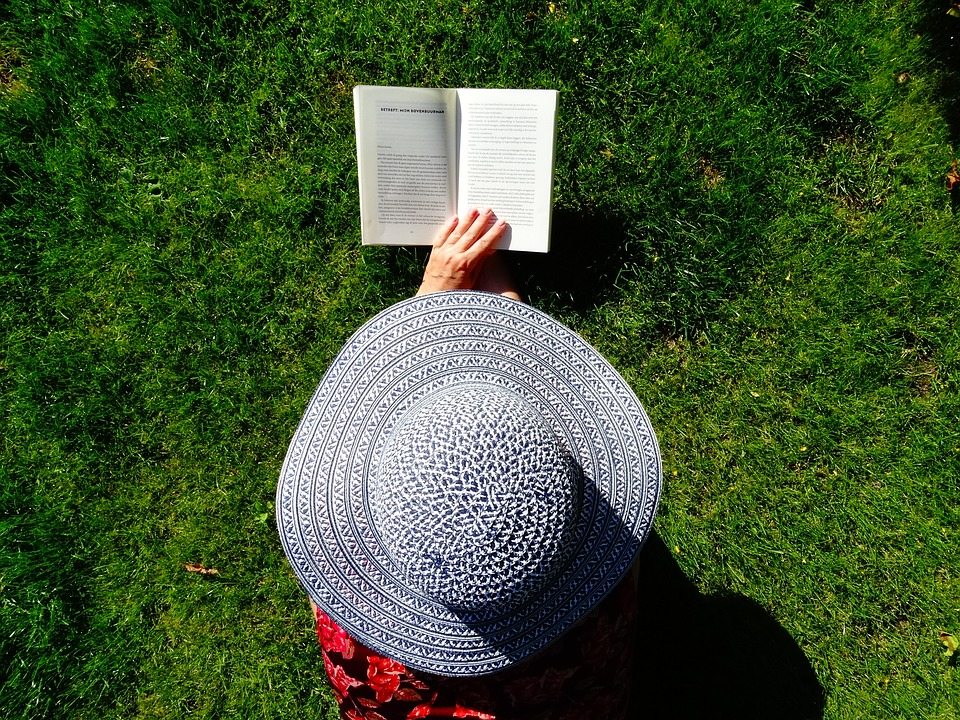 Your Summer Reading List is Here: Recommendations From Top Leaders