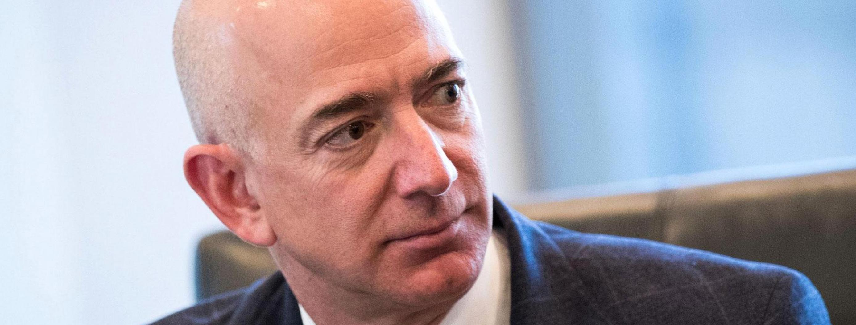 How Amazon's CEO Became One of The World's Richest People