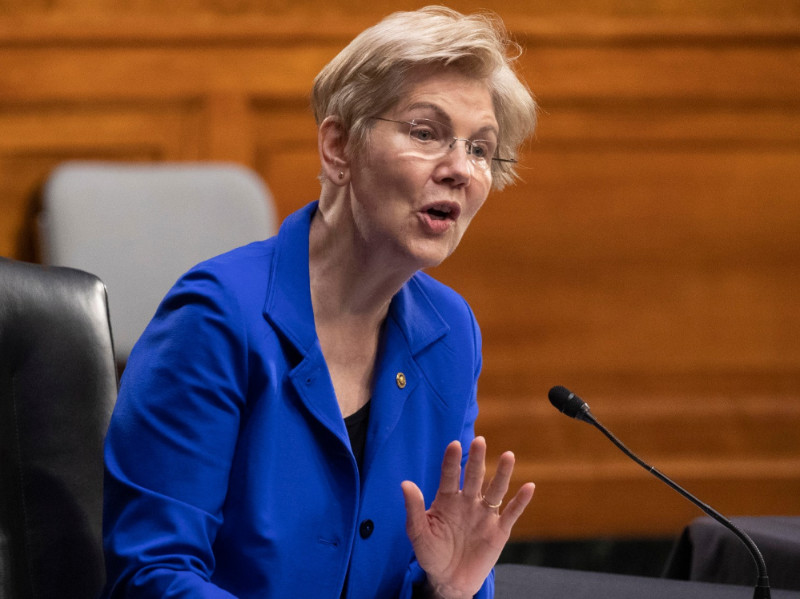 Elizabeth Warren Continues to Push Against Student Loan Abuse