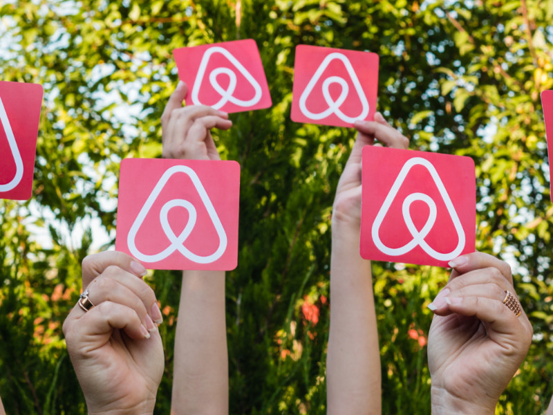 Airbnb Launches Nonprofit to Provide Accommodation for Essential Workers and Refugees