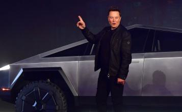 Tesla Has Already Received Over 200,000 Deposits for the Cybertruck