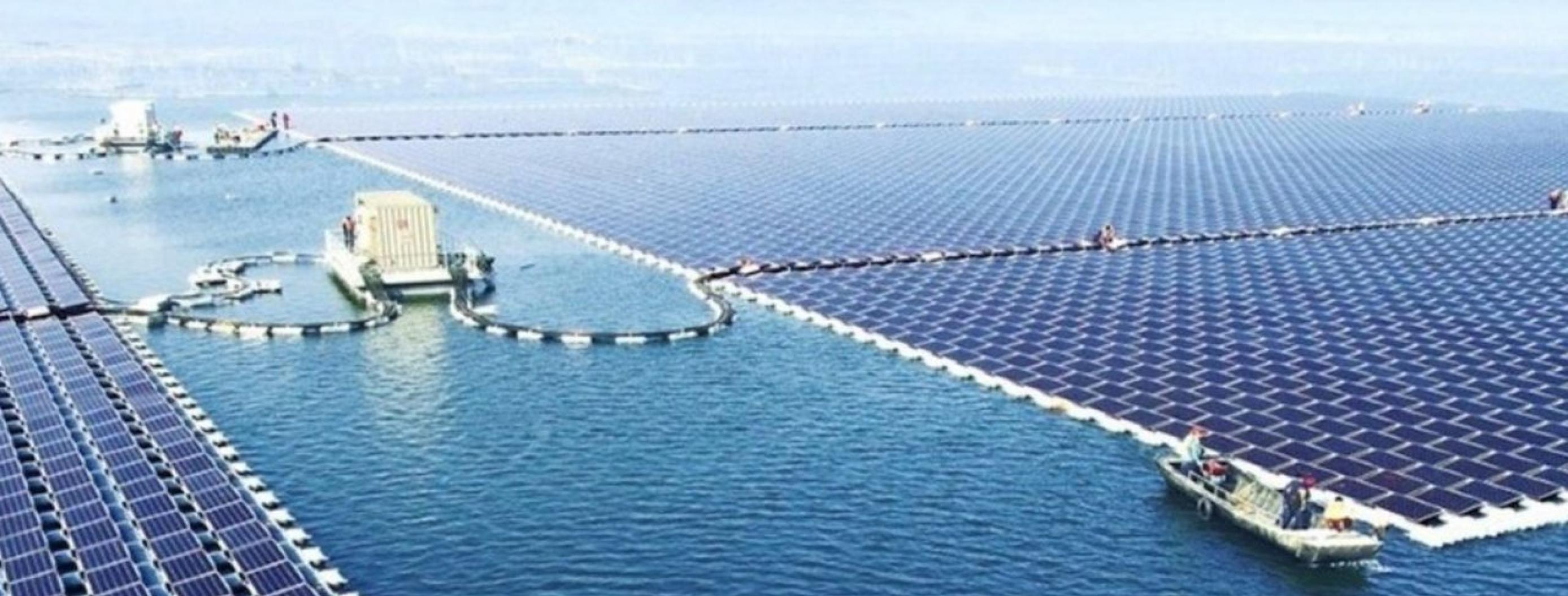 China Builds Massive Floating Solar Farm That Could be the End of Fossil Fuels