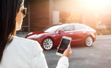 Tesla Summon Feature is Coming Soon According to Elon Musk